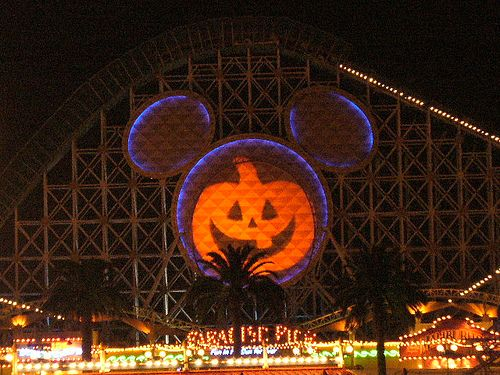 i love disney land and california adventures anytime of the year but halloween and christmas is just amazing!