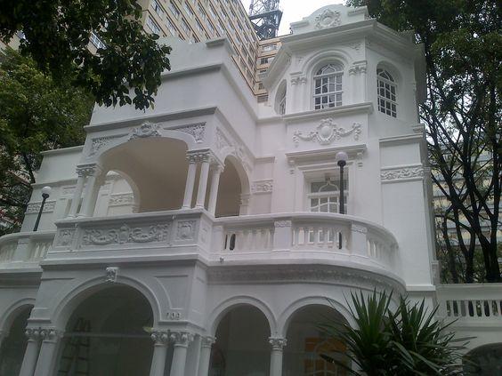 palacete en Sao Paolo, entre rascacielos
