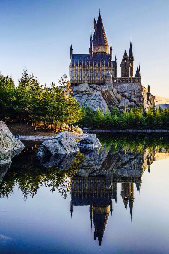 hogwarts harry potter wallpaper and wallpapers on pinterest