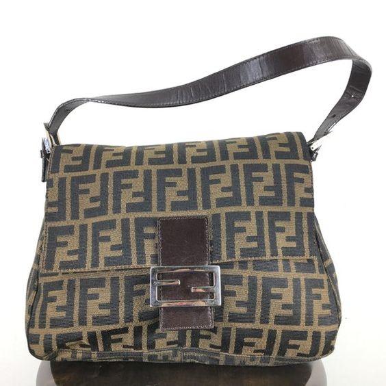 Cafe Passage 2 Collection Messenger Bag