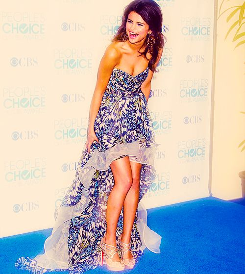love the dress & the shoes