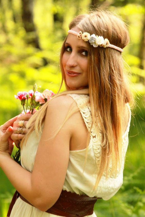 Little Bouquet   geflochtenes Haarband mit kleinen Blüten