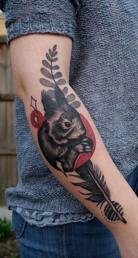 Por ser vegana, Hannah Willison confessa que suas tattoos tem total conexão com os animais e natureza;