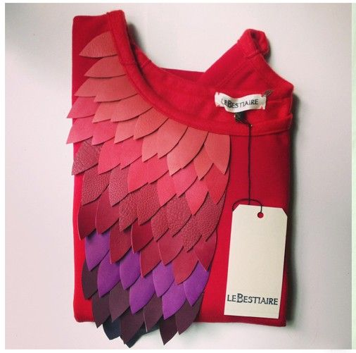 Volatiles red sweat via lebestiaire. Click on the image to see more!