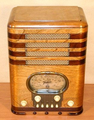 Zenith Model 5s 327 Quot Racetrack Quot Art Deco Radio 1937