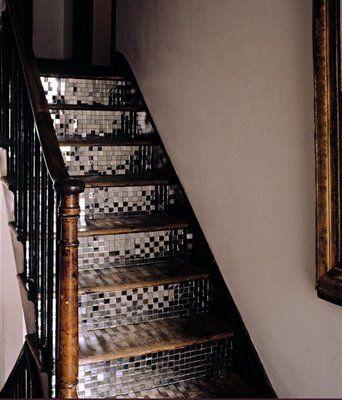 glitter stairs, great idea