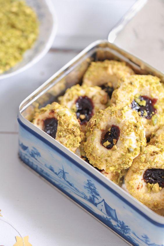 Pflaumenmus Cookies mit Pistazien Pistazienkekse Plumcookies jamdrops recipe Rezept Pflaumenkekse Pflaumenmus Marmeladenkeks Zuckerzimtundliebe Foodblog