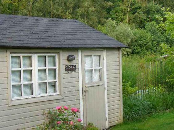 Cabanes bois id e couleur pour poulailler abri de jardin pinterest - Cabane jardin fondation metz ...