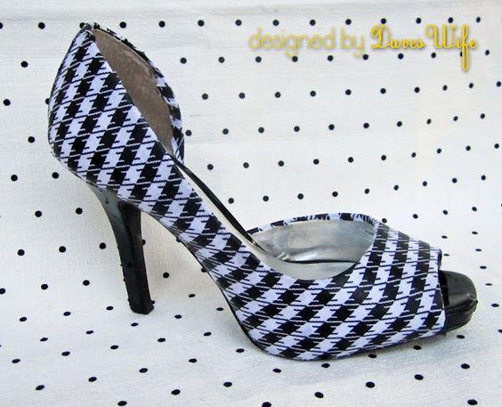 Shoe {LOVE} IS True {LOVE}
