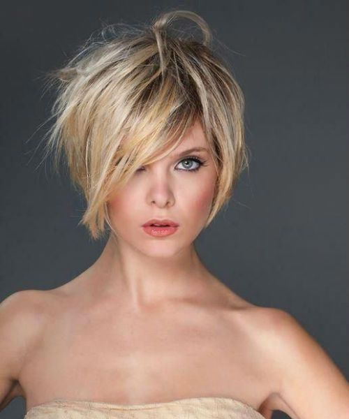 Classy Short Pixie Haircuts And Hairstyles 2020 For Women To Look Chic And Cute In 2020 Hair Styles Thick Hair Styles Short Hair Styles