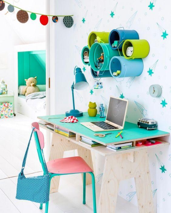 Cr er un coin bureau pour enfant devoirs station de travail pour les devoirs et espace de for Amenagement bureau enfant