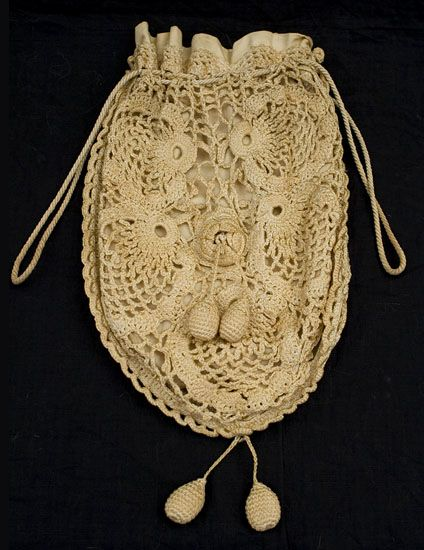 Irish crochet lace bag, early 20th century