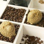 Kaffe Fridas aus Ayumis Garden sind Küchen Seifen der knuffigen Art