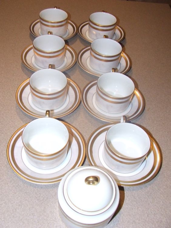 Set of 8 Cups and Saucers, Mikasa Fine China L2210 Ivory Florentine