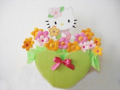 Hermoso pieza decorativa de Hello Kitty para niñas. Beautiful Hello Kitty's center piece for girl's parties.
