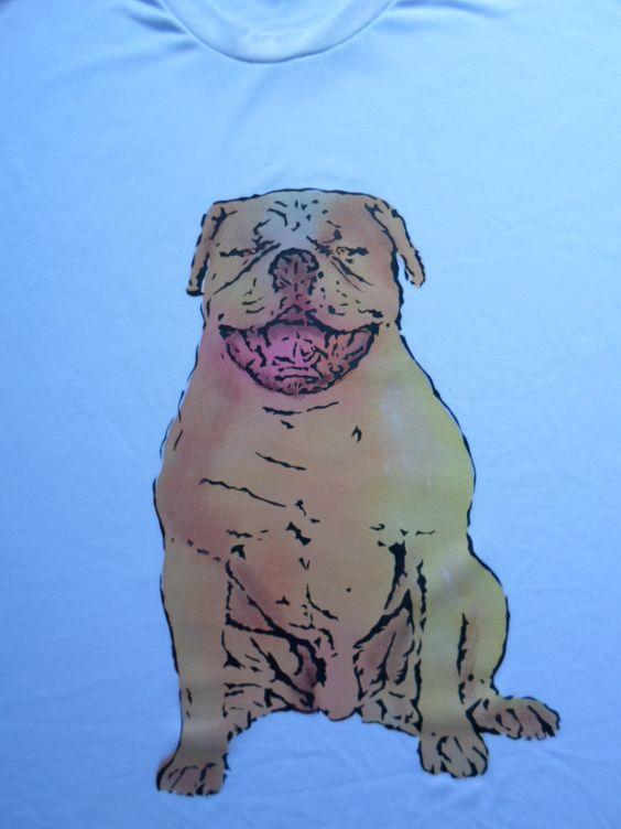 Camiseta cão.