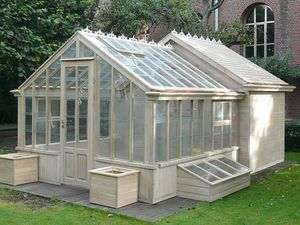 Greenhouse with a chicken coop off the back!