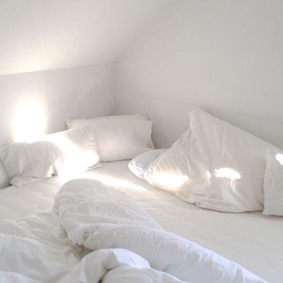 White Aesthetic Tumblr Messy Bed White Bedding Home