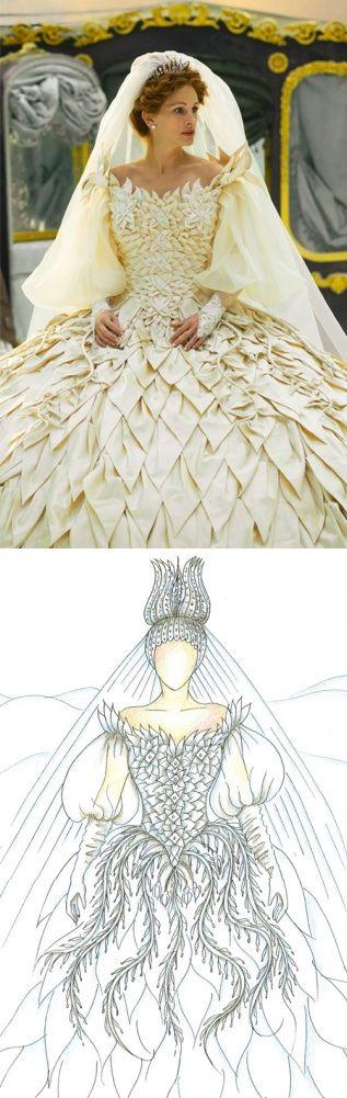Julia Roberts as the The Queen in 'Mirror Mirror' (2012). Costume Designer: Eiko Ishioka
