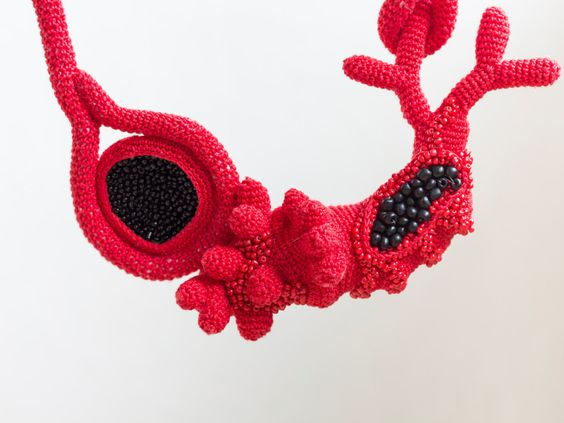 Long Crochet Red & Black Necklace €96.26 - detail - by CreativeLida on Etsy (Lidia Puica):