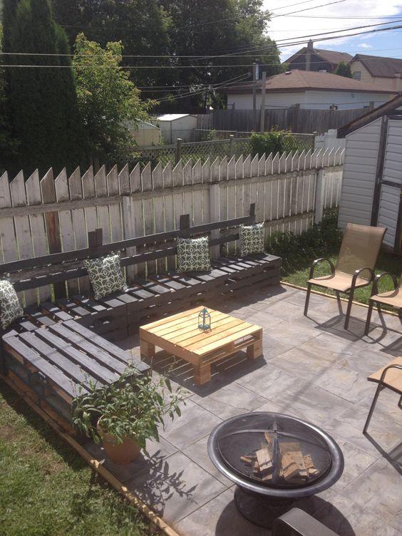 Half pallet patio furniture! | Cottage Style | Pinterest ...