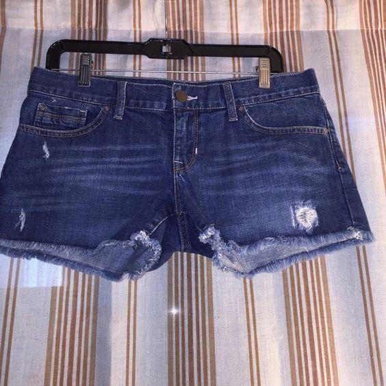 "❤️ Nice Gap shorts ❤️ So pretty Gap shorts, Size 27"", worn few times, good condition. GAP Shorts Jean Shorts"