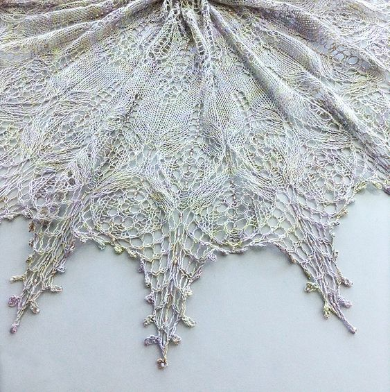 Serendipity Lace Shawl pattern by Hayley Tsang Sather Ravelry, Patterns and...
