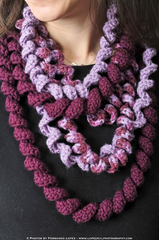 Spiral Scarf Knitting Pattern : Spiral Loop Scarf Stitches, Crocheting and Patterns