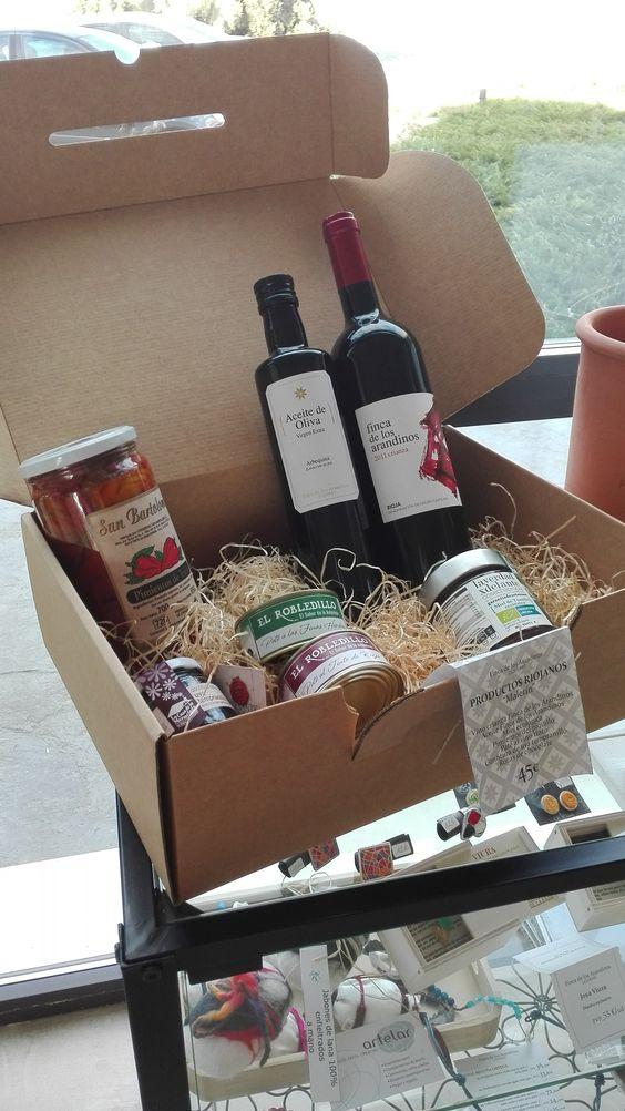 Lotes gourmet en @FincaLosArandinos puedes encontrar nuestros productos en www.maridarioja.com/tiendaonline #lotegourmet #lotesregalo #detallespararegalar #queregalar #productosriojanos
