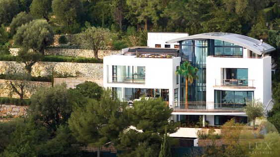 Lifestyles of the rich and famous #luxury #house #home www.luxworldwide.com