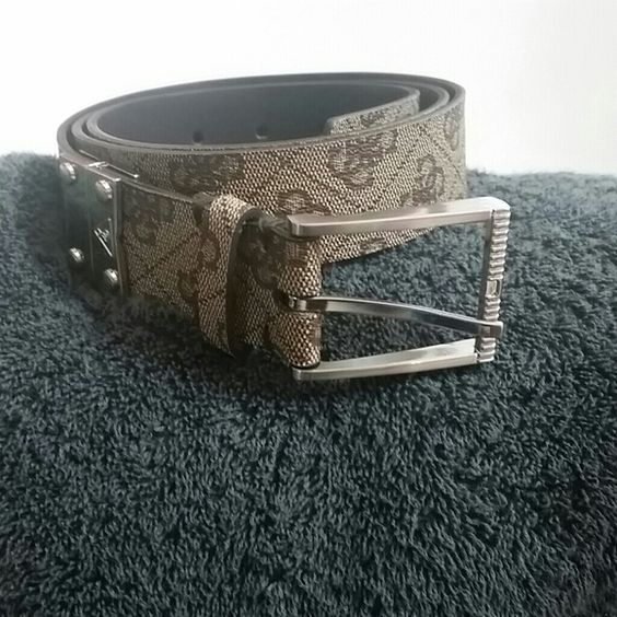 BRAND NEW MEN'S GUESS BELT Brand new never worn.  Too small 38 in. Guess Accessories Belts