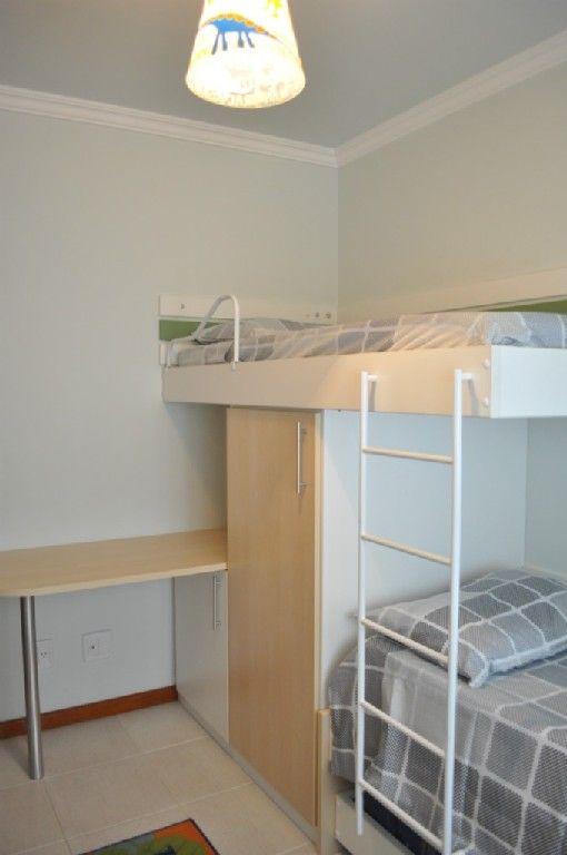 apartamento Açores - Quarto com triliche (3 camas de solteiro)