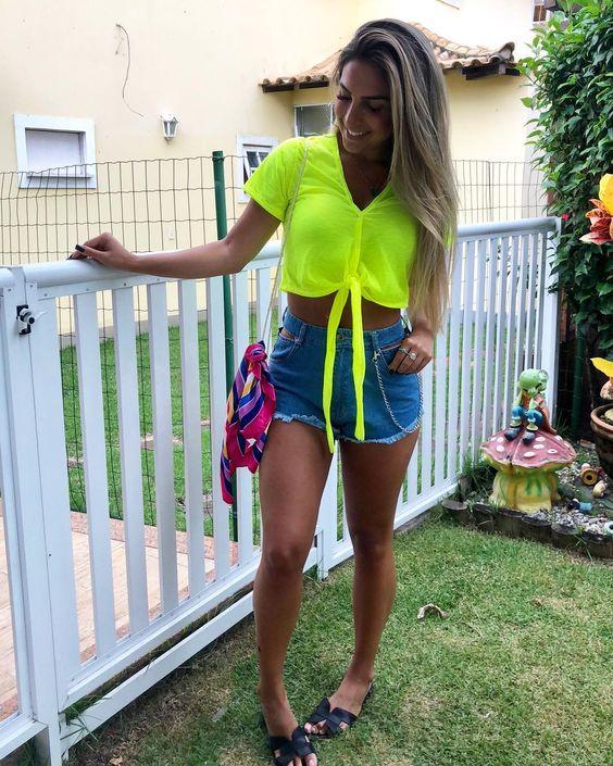 roupas neon feminina