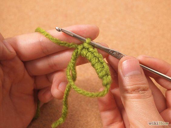 Crochet a Magic Ring Step 4.jpg