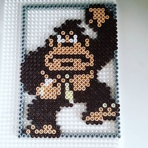 Donkey Kong hama beads by alicelazuli