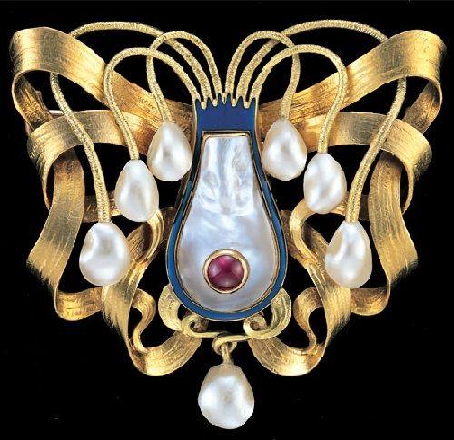 Wilhelm Lucas von Cranach 1861-1918. Cuttlefish. Superb Symbolist Brooch. Gold Enamel Pearl Ruby. Marks - 'WLC' monogram. German, c.1900