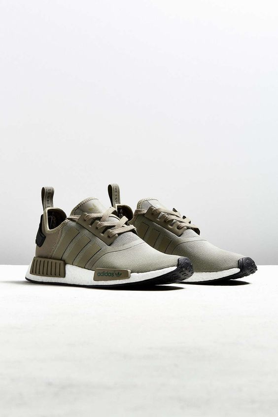 adidas NMD_R1 Sneaker