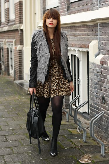 love this vest with this dress!