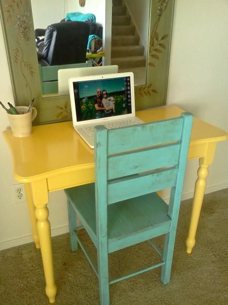 Computer Desk and Chair | Do It Yourself Home Projects from Ana White  Desk made from old table.  "|450|600|?|en|2|1d16a928864e2383391744070bb50aec|False|UNLIKELY|0.3238655924797058