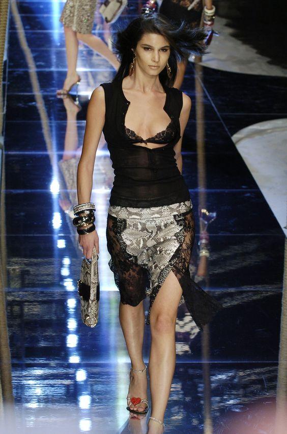 Dolce & Gabbana - Milan Spring 2005