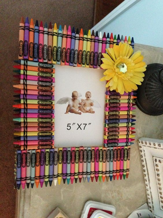 Homemade crayon picture frame my own creations for Handmade picture frame ideas