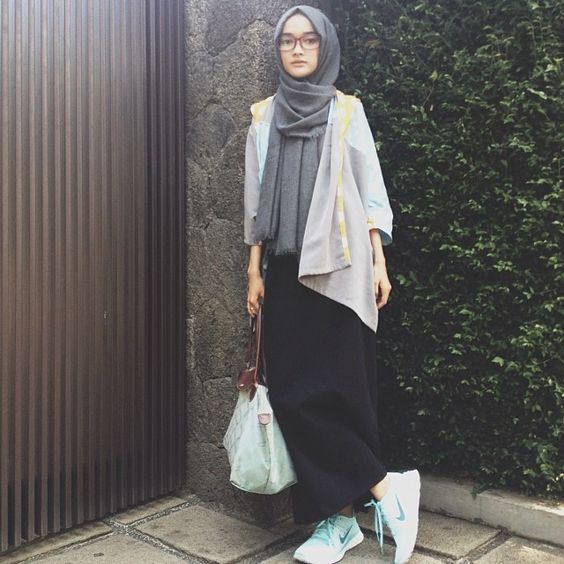 Grey hijab with causal outfit for party