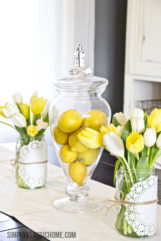 Simply Klassic Home: How to Create an Easy Spring Centerpiece {On the Cheap} These colors would look great in my kitchen. To bad my kitchen is not this bright!!: