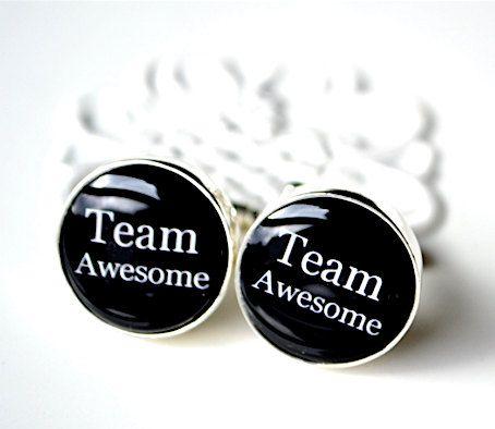 Team Awesome Manschettenknöpfe  Andenken Geschenk von whitetruffle, $54.00