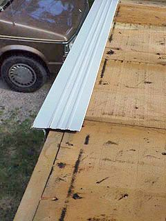 Roofing Tips From The Professionals Diy Roofing Roof Eaves Roof Shingles
