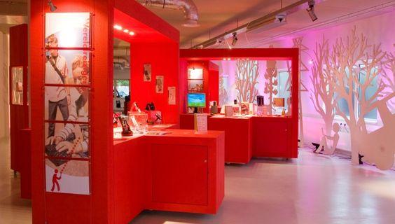 2Xplore IT Try & Buy Store Veldhoven, Netherlands, by JSPR