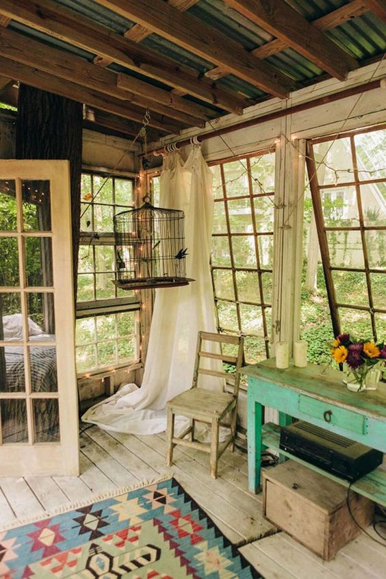 Rustic Tree House Living in Atlanta, Georgia With Exposed Ceiling, Vintage Paned Windows, and Muted Colors