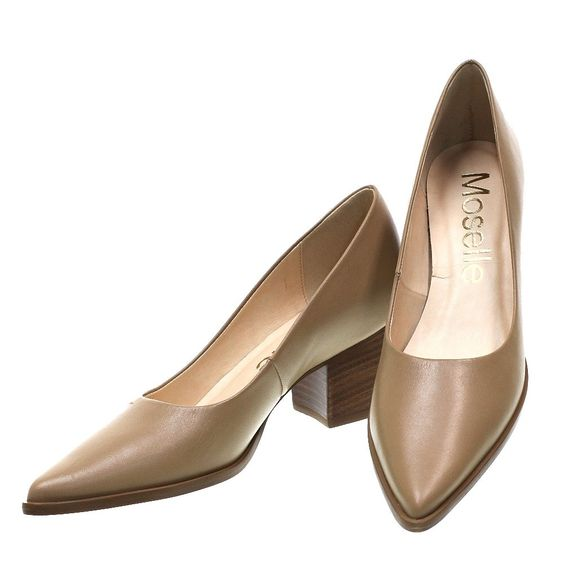 26 Slow Heels You Will Definitely Want To Save shoes womenshoes footwear shoestrends