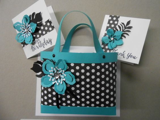 http://www.jansstampingcreations.com/2015/05/bag-in-a-box-card-hold... Mini Bag w/Note Cards