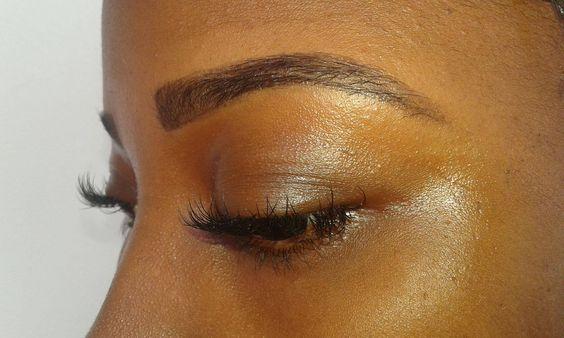 Silky Smooth (fb), de eyebrow and eyelash specialist van Su!  Kom nu je eyebrows tinten en shapen en laat je ogen spreken. Met de kleur die tot 6 weken blijft. En kost maar SRD 70,-!!!  Geef je ogen die prachtige mascara-look met LASH VOLUME LIFT. Je natuurlijke wimpers krijgen lengte, volume en kracht. De MASCARA LOOK blijft 6 tot 8 weken. Altijd e perfecte look voor SRD 300,-.Maak op tijd je afspraak via WHATSAPP op +597 8137758.